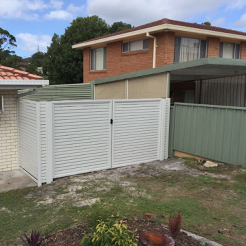 slat fencing contractor newcastle